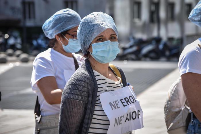 Corte Conti: medici in fuga, in 8 anni 9.000 emigrati all