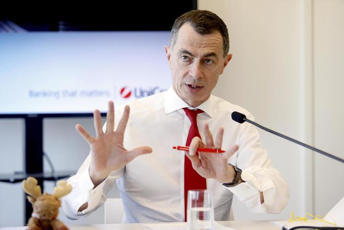 Unicredit:Mustier lascia alla fine del mandato a aprile 2021