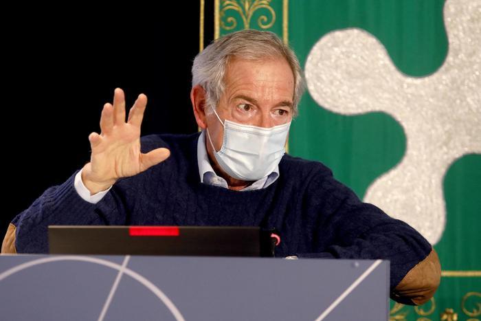 Vaccini: Bertolaso, dopo over 80, priorità a chi lavora