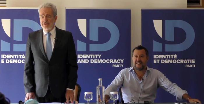 Scontro nel centrodestra sul gruppo Ue, no di Fi a Salvini