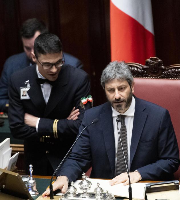 Autonomia: Fico, prima dibattito Camere