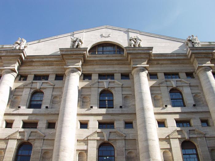 Borsa: Milano in rialzo con dati Pil