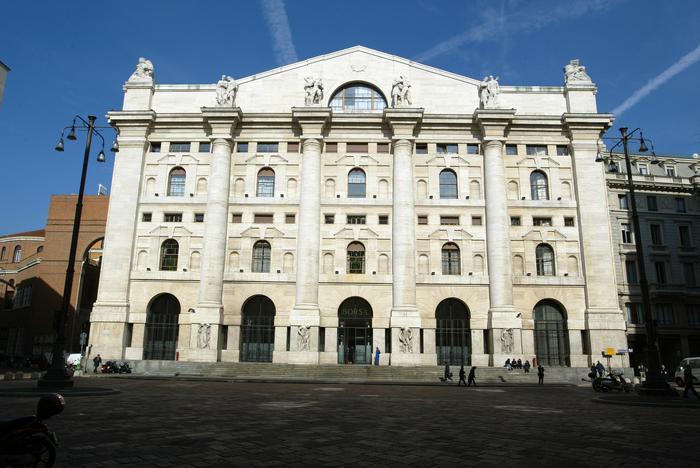 Borsa: Milano chiude in rialzo (+0,43%)
