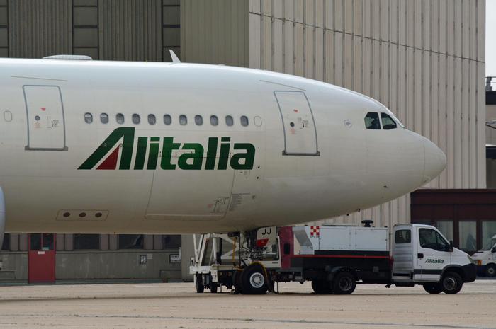 Alitalia: sindacati, sciopero 21 maggio