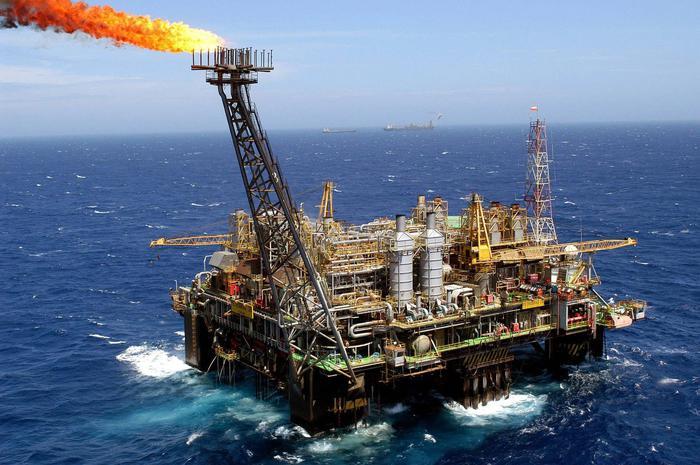 Petrolio chiude in calo a Ny a 55,10 dlr