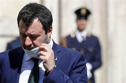 Coronavirus: Salvini, permettere le Messe a Pasqua