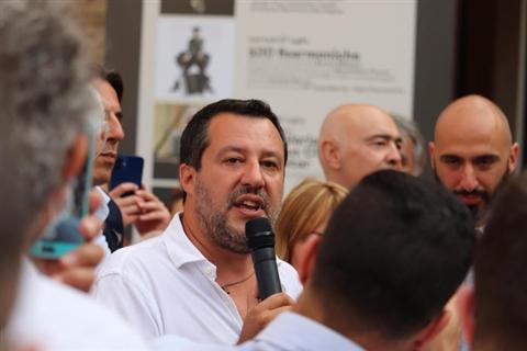 Salvini, sosteniamo proteste di discoteche e giovani è razzismo contro di loro